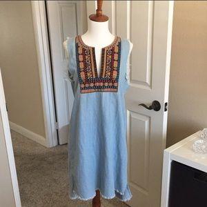 Paper Crane sleeveless denim dress embroidered